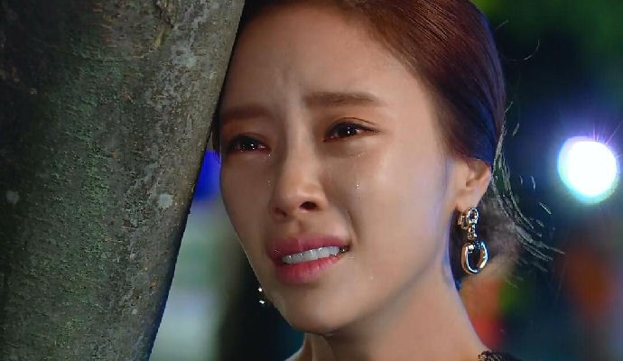This Week Was Amazing It Begins Where We Left On Last With Min Hyuk Grabbing Yoo Jung By The Shoulders And Yelling At Her